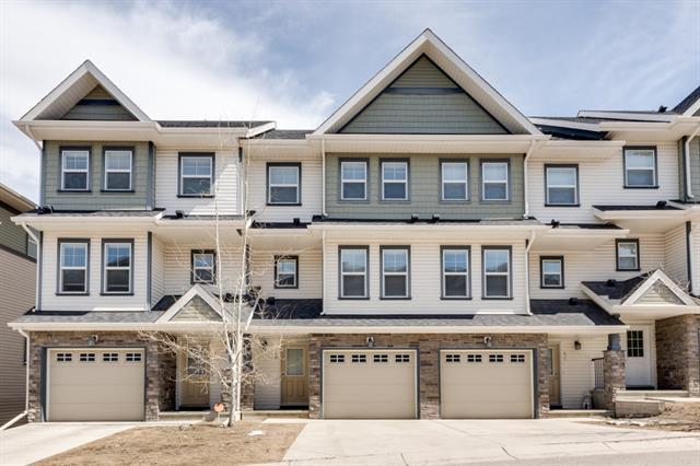 49 Panatella Road NW, Calgary, AB T3K 0S7 (#C4178936) :: Redline Real Estate Group Inc