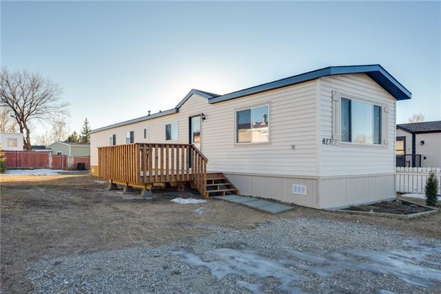 827 Briarwood Road, Strathmore, AB T1P 1E8 (#C4179075) :: Canmore & Banff