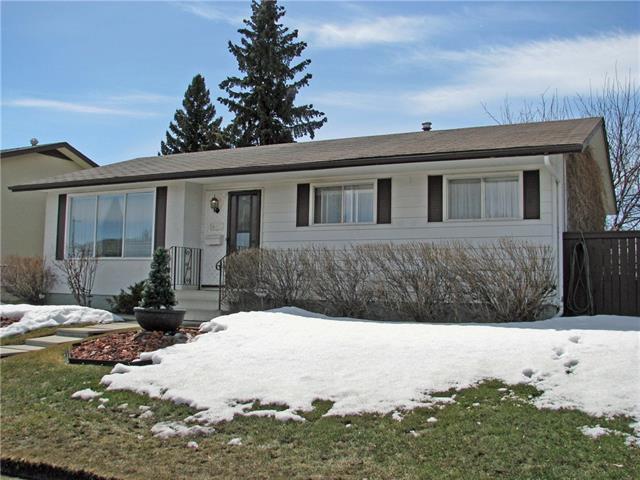 1443 Pennsburg Drive SE, Calgary, AB T2A 2J7 (#C4179137) :: Redline Real Estate Group Inc
