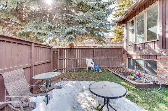 2323 Oakmoor Drive SW #11, Calgary, AB T2V 4T2 (#C4179146) :: Redline Real Estate Group Inc