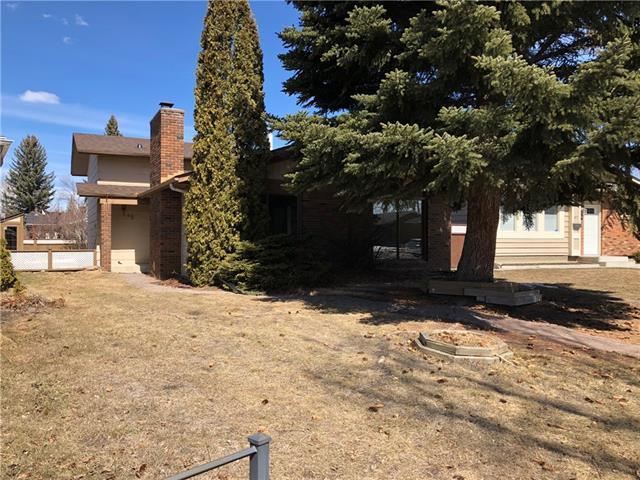 49 Midridge Green SE, Calgary, AB T2X 1C9 (#C4179189) :: Redline Real Estate Group Inc