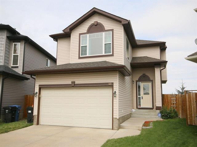 40 Bridlecrest Place SW, Calgary, AB T2Y 5J1 (#C4179313) :: Redline Real Estate Group Inc