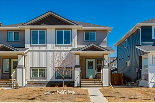 240 Willow Street, Cochrane, AB T4C 0Y8 (#C4179345) :: Redline Real Estate Group Inc