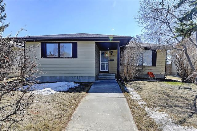 5539 4 Avenue NE, Calgary, AB T2A 3X9 (#C4179560) :: The Cliff Stevenson Group