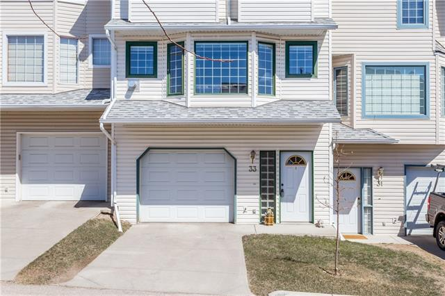 33 Patina View SW, Calgary, AB T3H 3R4 (#C4179597) :: Canmore & Banff