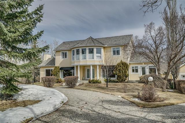 84 Anatapi Lane SW, Calgary, AB T3G 4H4 (#C4179666) :: Tonkinson Real Estate Team