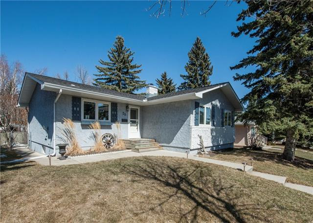 20 Brampton Crescent SW, Calgary, AB T2W 0Y4 (#C4179690) :: Canmore & Banff