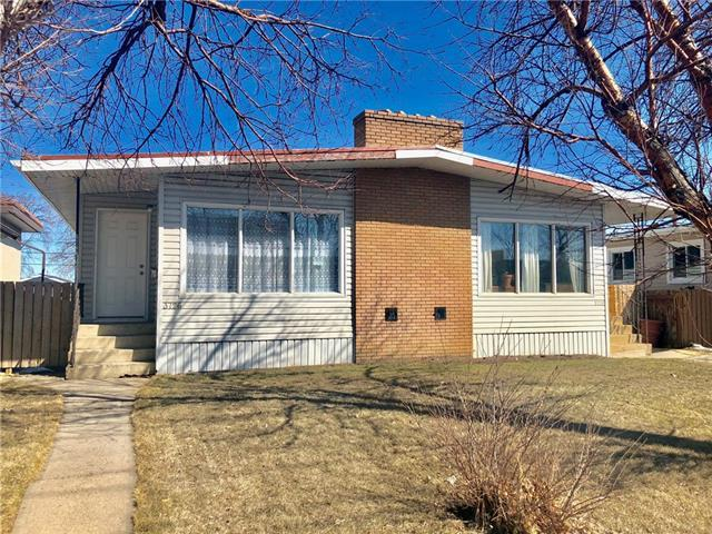 3726 37 Street SW, Calgary, AB T3E 3C3 (#C4179746) :: Your Calgary Real Estate