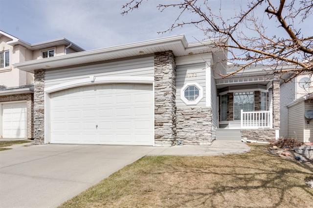 9175 Edgebrook Drive NW, Calgary, AB T3A 5T5 (#C4179822) :: Tonkinson Real Estate Team