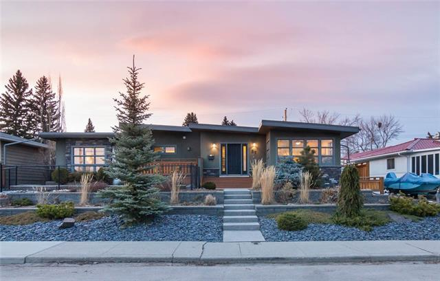 87 Malibou Road SW, Calgary, AB T2V 1X4 (#C4180954) :: The Cliff Stevenson Group