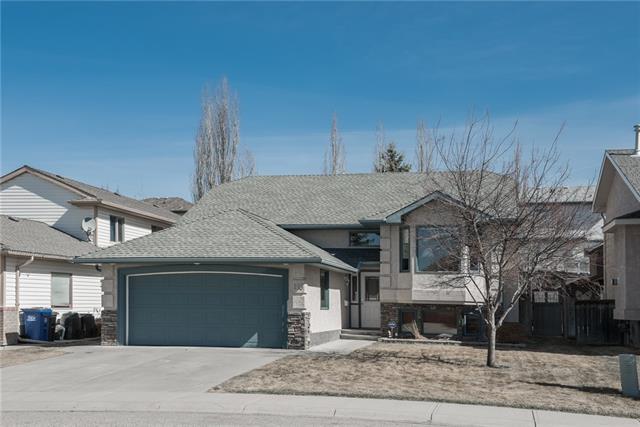 115 West Terrace Crescent, Cochrane, AB T4C 1R9 (#C4180974) :: Redline Real Estate Group Inc