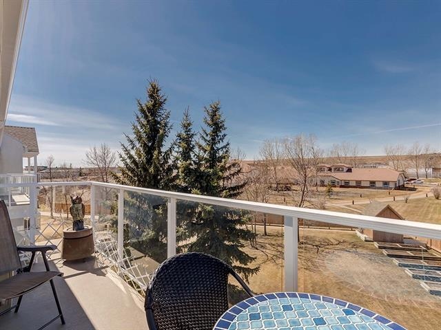 309 Woodside Drive NW #306, Airdrie, AB T4B 2E7 (#C4181137) :: Redline Real Estate Group Inc