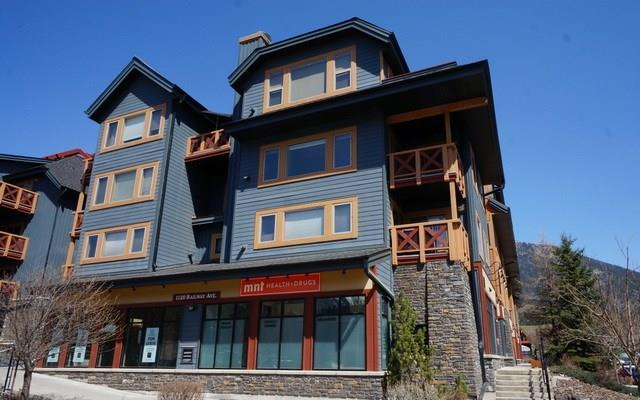 1120 Railway Avenue #304, Canmore, AB T1W 1P4 (#C4181321) :: Canmore & Banff