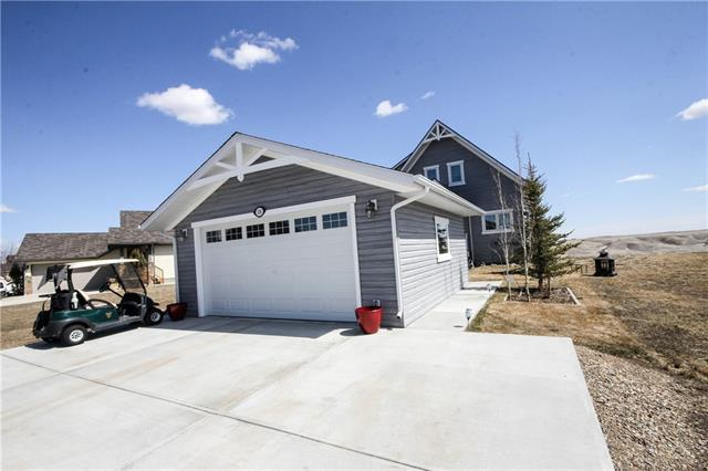 110 White Pelican Way, Rural Vulcan County, AB T0L 1G0 (#C4181333) :: Redline Real Estate Group Inc