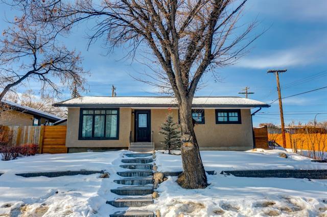 10811 Elbow Drive SW, Calgary, AB T2W 1G9 (#C4181369) :: Redline Real Estate Group Inc