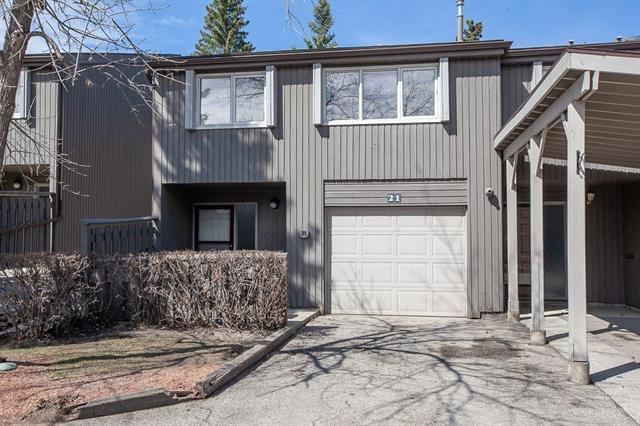 2225 Oakmoor Drive SW #21, Calgary, AB T2V 4N6 (#C4181546) :: The Cliff Stevenson Group