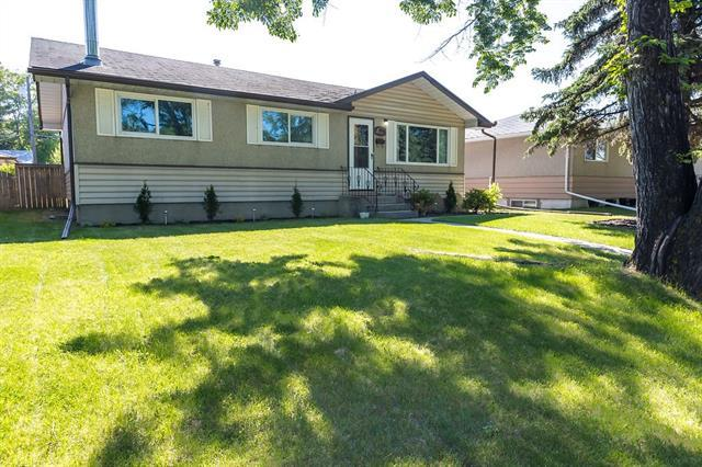 2448 28 Street SE, Calgary, AB T2B 0R8 (#C4181752) :: Redline Real Estate Group Inc