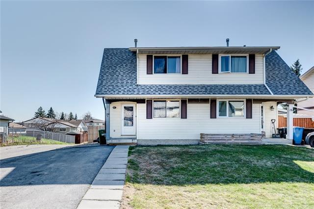 19B Fonda Green SE, Calgary, AB T2A 5S4 (#C4181773) :: Redline Real Estate Group Inc