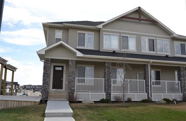 284 Rainbow Falls Green, Chestermere, AB T1X 0N4 (#C4182040) :: Redline Real Estate Group Inc