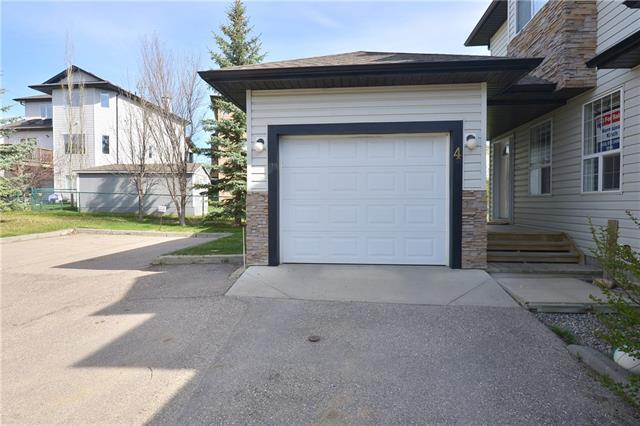 135 Bow Ridge Drive #4, Cochrane, AB T4C 2G3 (#C4182380) :: Redline Real Estate Group Inc