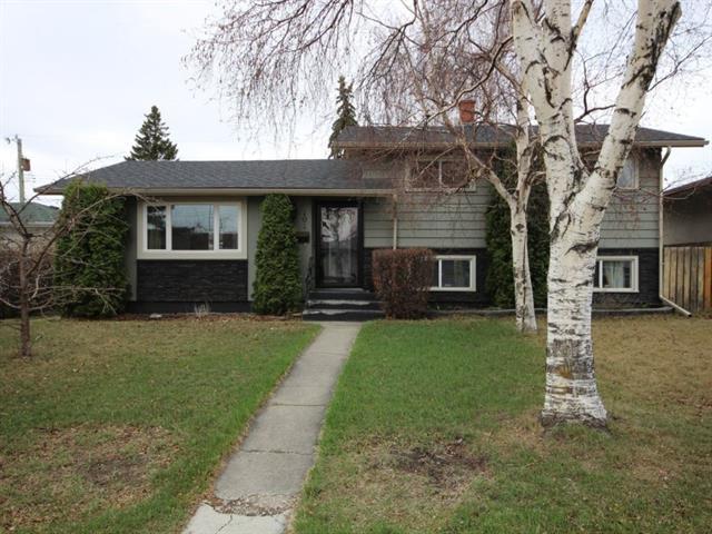 101 Farnham Drive SE, Calgary, AB T2H 1C7 (#C4182551) :: Redline Real Estate Group Inc