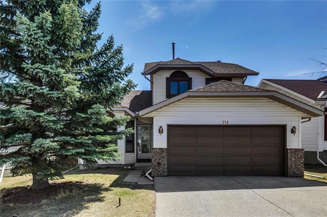 321 Sandstone Drive NW, Calgary, AB T3K 3R5 (#C4182609) :: Redline Real Estate Group Inc