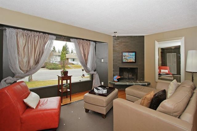 911 78 Avenue SW, Calgary, AB T2V 0T7 (#C4182631) :: Calgary Homefinders