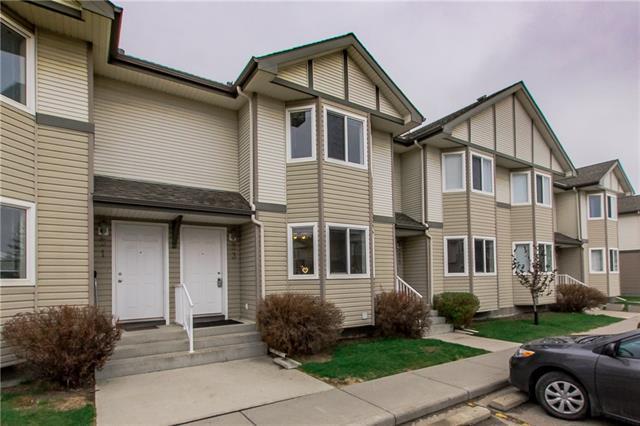 53 Royal Birch Villas NW, Calgary, AB T3G 5V2 (#C4182905) :: The Cliff Stevenson Group