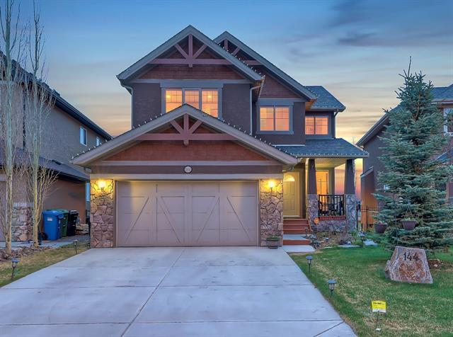 144 Tremblant Way SW, Calgary, AB T3H 0B8 (#C4182953) :: Redline Real Estate Group Inc