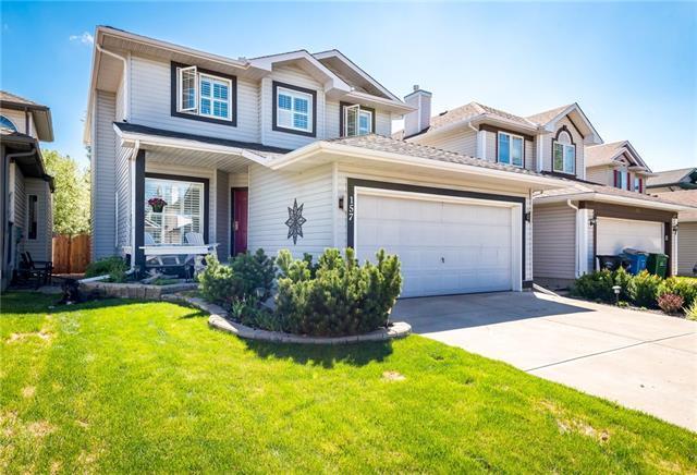 157 Mt Selkirk Close SE, Calgary, AB T2Z 2R5 (#C4183119) :: Redline Real Estate Group Inc