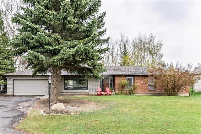 12782 Canso Crescent SW, Calgary, AB T2W 3B1 (#C4183777) :: The Cliff Stevenson Group