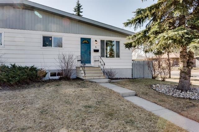 2 Culver Road NW, Calgary, AB T2L 0L7 (#C4183786) :: Redline Real Estate Group Inc