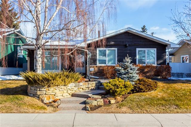 1112 Lake Sundance Crescent SE, Calgary, AB T2J 2S8 (#C4183912) :: The Cliff Stevenson Group