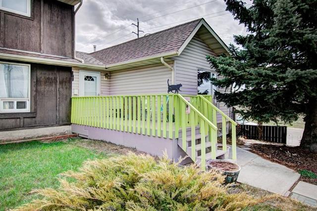 84 Falwood Crescent NE, Calgary, AB T3J 1E3 (#C4183986) :: Canmore & Banff