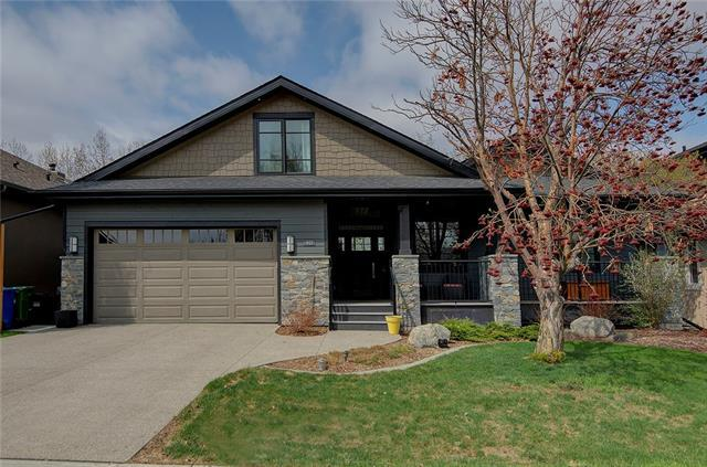 40 Glenfield Road SW, Calgary, AB T3E 4J4 (#C4184044) :: Redline Real Estate Group Inc