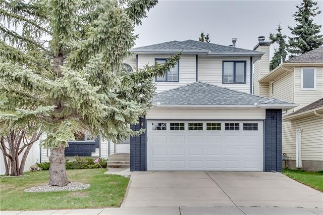 134 Hawkstone Drive NW, Calgary, AB T3G 3N4 (#C4184083) :: The Cliff Stevenson Group