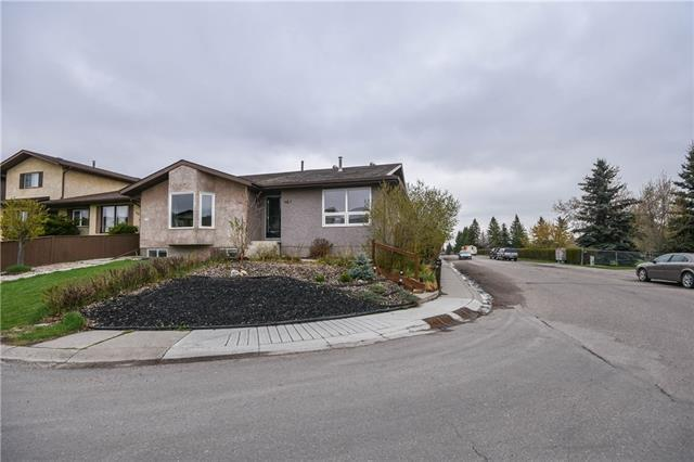 228 Cedarbrook Way SW, Calgary, AB T2W 4R5 (#C4184117) :: The Cliff Stevenson Group