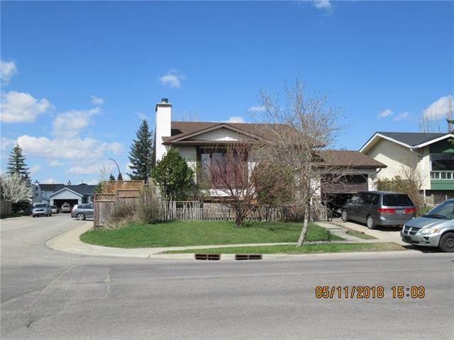 64 Applewood Drive SE, Calgary, AB T2A 7K8 (#C4184225) :: The Cliff Stevenson Group