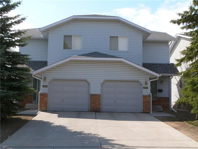 201 and 203 Cedarbrook Way SW, Calgary, AB T2W 3Z7 (#C4184309) :: The Cliff Stevenson Group