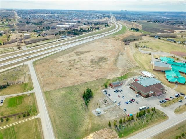 NULL Null, Rural Rocky View County, AB T3L 2P7 (#C4184428) :: Redline Real Estate Group Inc