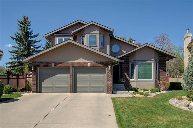 24 Christie Briar Heath SW, Calgary, AB T3H 2G5 (#C4184431) :: Redline Real Estate Group Inc