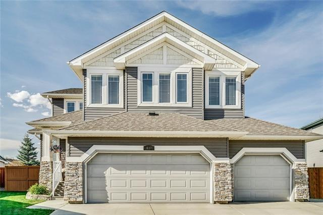 637 Victoria Beach Bay, Chestermere, AB T1X 1H9 (#C4184798) :: Redline Real Estate Group Inc