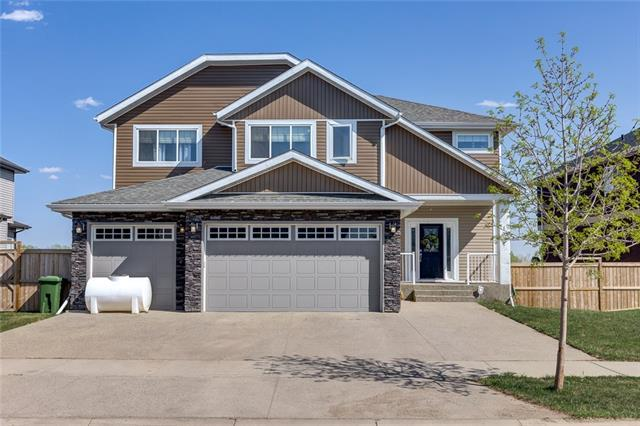 136 Kinniburgh Boulevard, Chestermere, AB T1X 0M1 (#C4184809) :: Redline Real Estate Group Inc