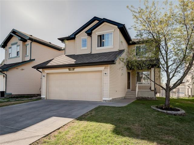 19 Country Hills Manor NW, Calgary, AB T3K 5C7 (#C4184840) :: Canmore & Banff