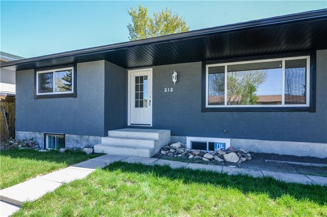 212 Penbrooke Way SE, Calgary, AB T2A 3S8 (#C4184859) :: The Cliff Stevenson Group