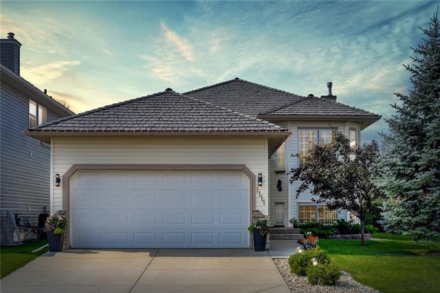 1111 Woodside Way NW, Airdrie, AB T4B 2S3 (#C4184989) :: Calgary Homefinders