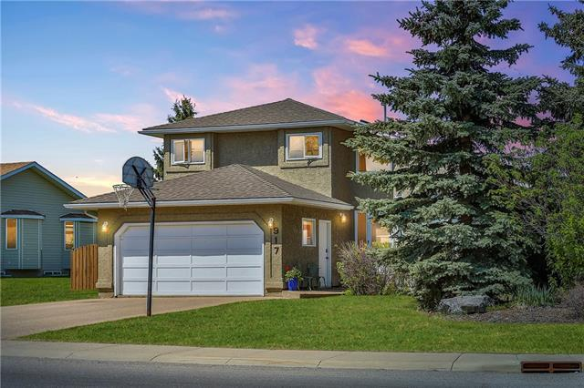 917 Riverside Drive NW, High River, AB T1V 1E2 (#C4185007) :: Your Calgary Real Estate
