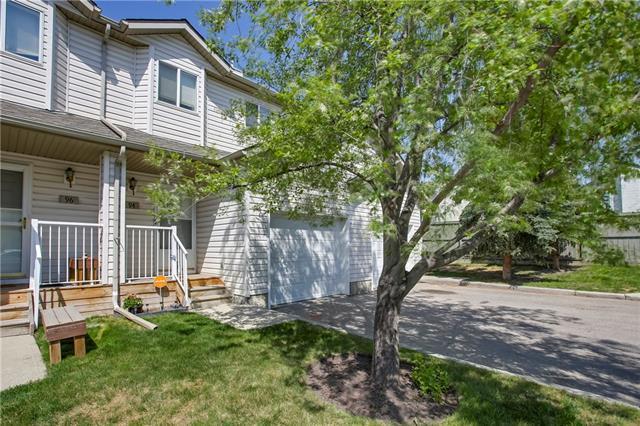 94 Mt Aberdeen Manor SE, Calgary, AB T2Z 3N8 (#C4185186) :: Redline Real Estate Group Inc
