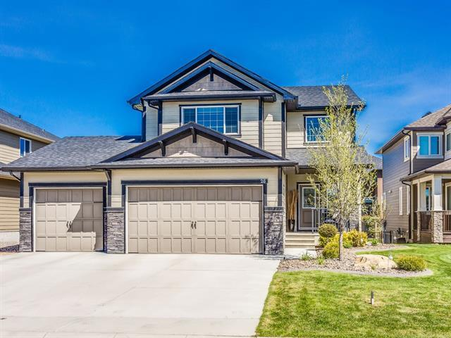 26 Ranchers Manor, Okotoks, AB T1S 0G5 (#C4185220) :: Redline Real Estate Group Inc