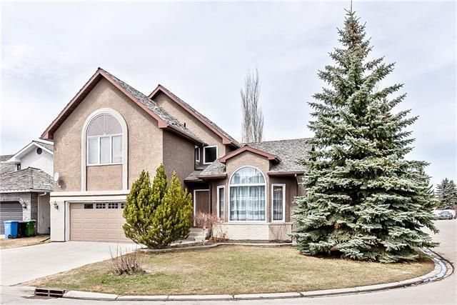 503 Woodbriar Place SW, Calgary, AB T2W 4G3 (#C4185235) :: Redline Real Estate Group Inc